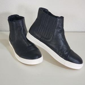 Steve Madden Karrlton High Top Sneaker sz 7
